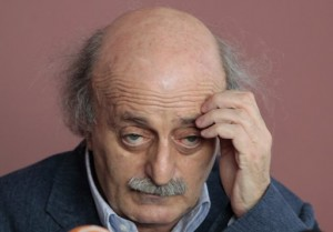 jumblatt scratching head