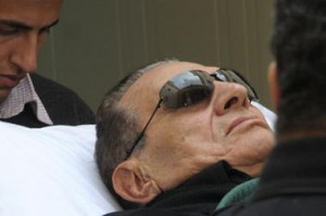 mubarak  on stretcher