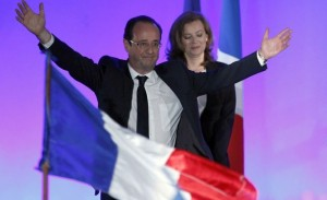 Hollande  celebrates  with his companion Valerie Trierweiler