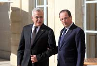 suleiman hollande hand in hand